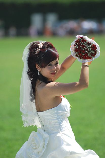 Thai-Chinese-bride-luxury-global- wedding-Susan-Dobinson-Beautiful-Ceremonies-celebrant-officiant