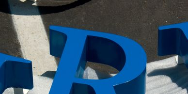 3d signs, building signs, wall signs, channel letter signs, aluminum signs