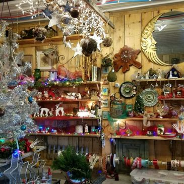 Christmas at the Farm with tidings, wreathes, gifts, ribbons, decorations and more!
