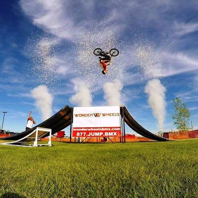 Wonder Wheels BMX - Matt Lough - Backflip