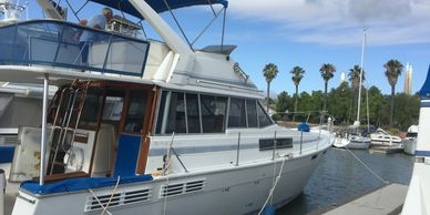 Bayliner 3870, Hino Diesel power, for sale at Tocci Yachts, Call Captain George Kellner 925 306-2516 just $53,000.00