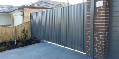 Sheeted colourbond fencing
