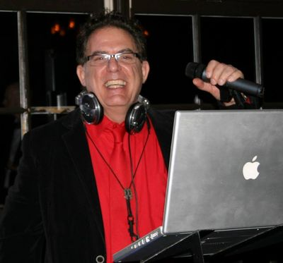 DJ JoBlo performes at corporate events, weddings, and private parties