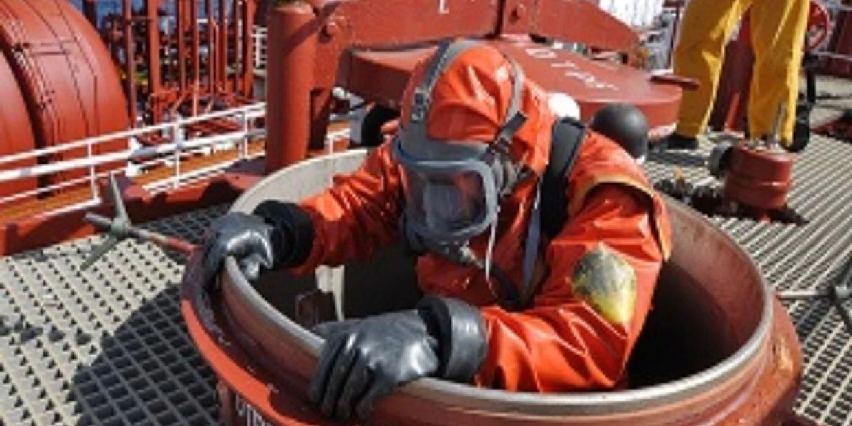 Confined Space Cleaning Topman Cover Tank Cleaners Tank Liners Paint Tank Cleaning Product Recovery