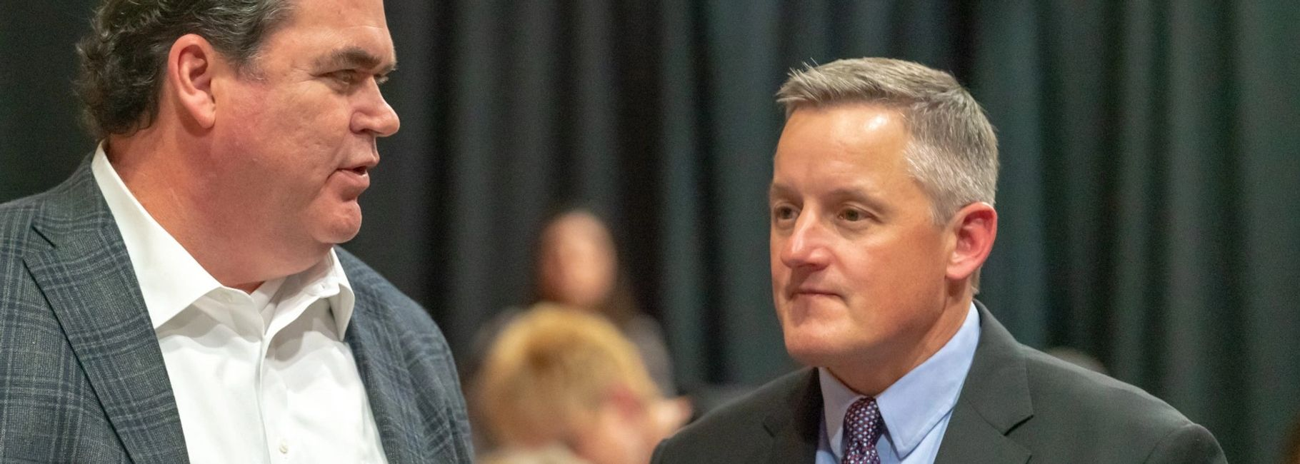 Congressman Bruce Westerman visits an Hot Springs Village Area Chamber of Commerce event.