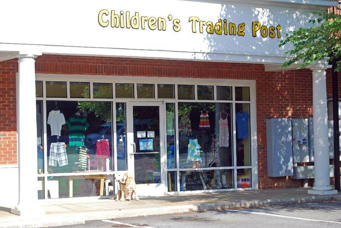 538091c38 Consignment Store 633 Merrimon Avenue, Asheville, NC 28804 (828) 254-5432