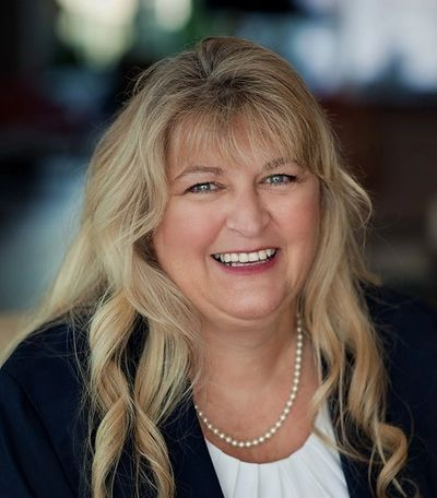 Denise Hammond civil litigation, small business legal advice, international business law, kansas