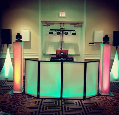 A True Family Affair Entertainment DJs in Massachusetts, NH and Mane