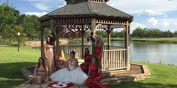 Bride and Bridesmaids at Cain's Cove on lake Nasworthy in San Angelo Texas