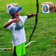 Archery / summer camp ideas / camp activties / youth archery / kids / unique summer camp activities