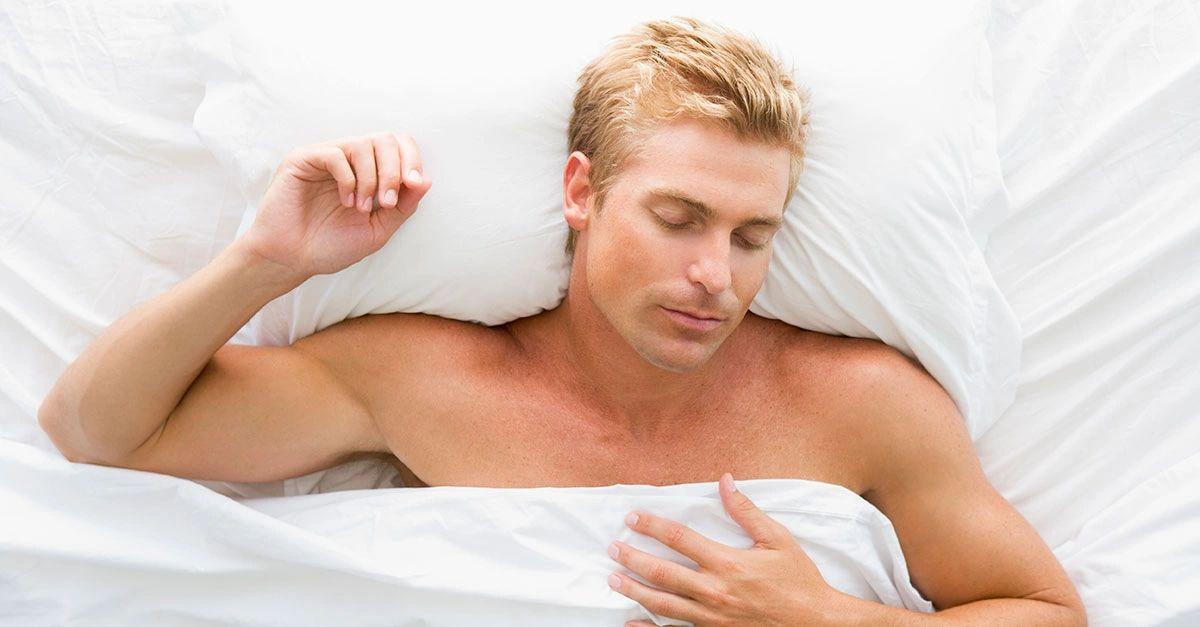 Sleeping naked is healthier!