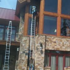 Professional Window Cleaner in Tulsa OK best reviews top rated window cleaning company