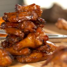 Walker's BBQ: Marinated and Smoked Chicken Wings