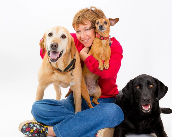 Liz Murdoch, Animal Communicator and Dog Whisperer talks to dogs and understands talking dogs
