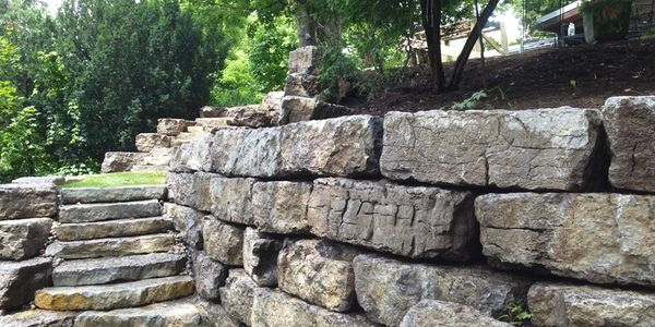 retaining wall residential property commercial landscape home improvment profesional budget friendly
