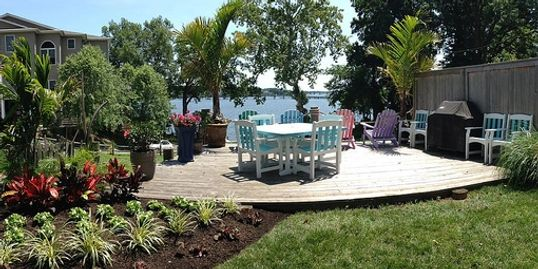 Riva Cottage Deck