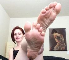 Register today so you can enjoy this view of Miss Crimson Rush and her size six wrinkled soles in person.
