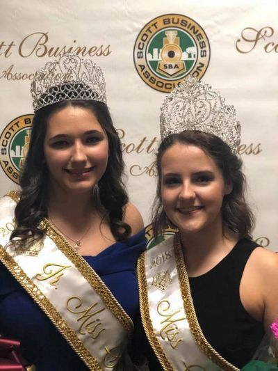 2018-2019 Junior Miss Scott Hailey Privat (Left) & 2018-2019 Miss Scott Cydni Legé (Right)