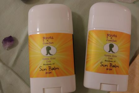 SPF 30 Sun Balm sticks with zinc oxide plus organic vegetable oils and shea butter.