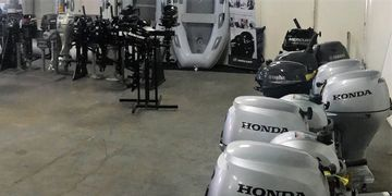 Late model used outboard engines for sale in Los Angeles.  Honda, Tohatsu, Yamaha, Mercury, Suzuki.