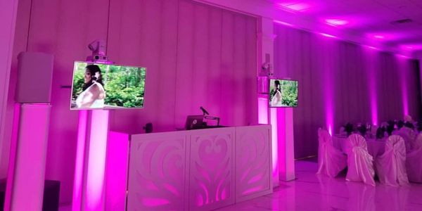 The Diamond Package setup with our uplighting package and media package for a beautiful wedding reception