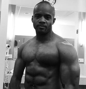 NYC Boxing Coach, Fitness Trainer, Entrepreneur Ralph Gilmore shows gains from full body exercises.