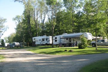 Campground near Presque Isle State Park, Erie, PA, Full Hook Up Sites, Pull Thru Site, Camping