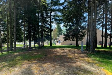 Campground near Presque Isle State Park, Erie, PA, Full Hook Up Sites, Shaded, Camping