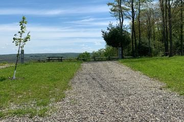 Campground near Presque Isle State Park, Erie, PA, Full Hook-Up Site, Gorgeous Valley View