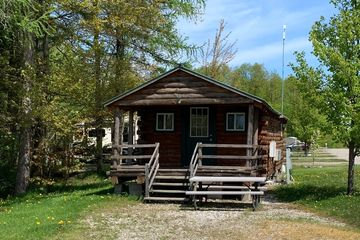 Campground near Erie PA, Presque Isle State Park, Sparrow Pond, Premium Cabin, Camping, Water View