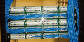 structy=ured cat5e and cat6 network wiring