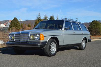 1984 Mercedes Estate 300TD for sale