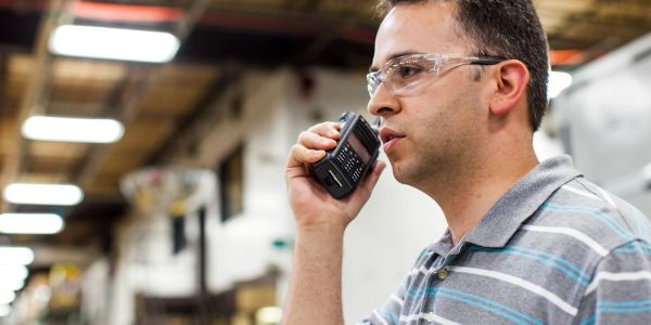 MOTOROLA SOLUTIONS TWO WAY RADIO MOTOTRBO BUY SELL MANUFACTURING SERVICES SUBSCRIBER RADIO TALK RF