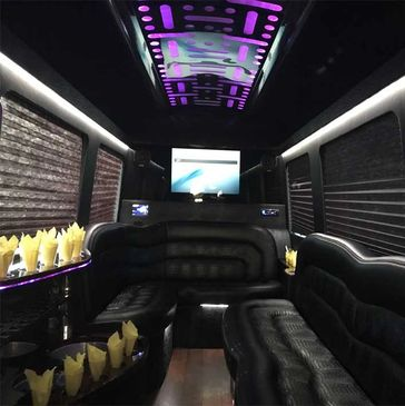 bus-service-miami-hourly-charter-miami-convention-bus-Miami-Beach-bus-Orlando-coach-motorcoach-miami