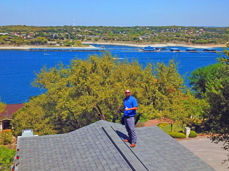 ALLSTAR Realty Inspections, Central Texas Home Inspector doing a home inspection.