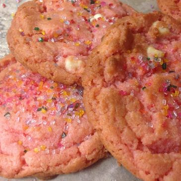 Strawberry white chocolate cookie ,Bake fresh with the finest ingredients