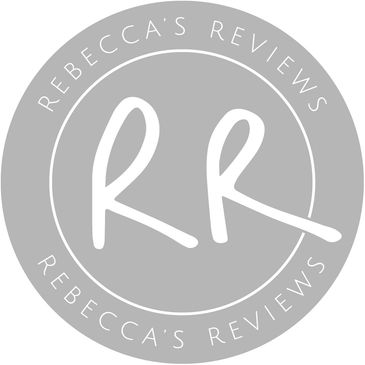 Blog influencer reviews vegan, sustainable and plastic-free products for dogs.