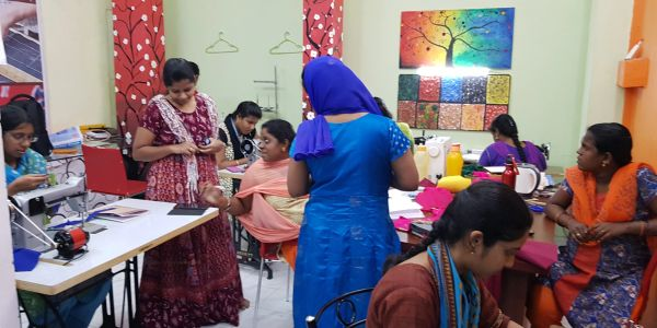 Fashion Designing Courses, fashion design institute