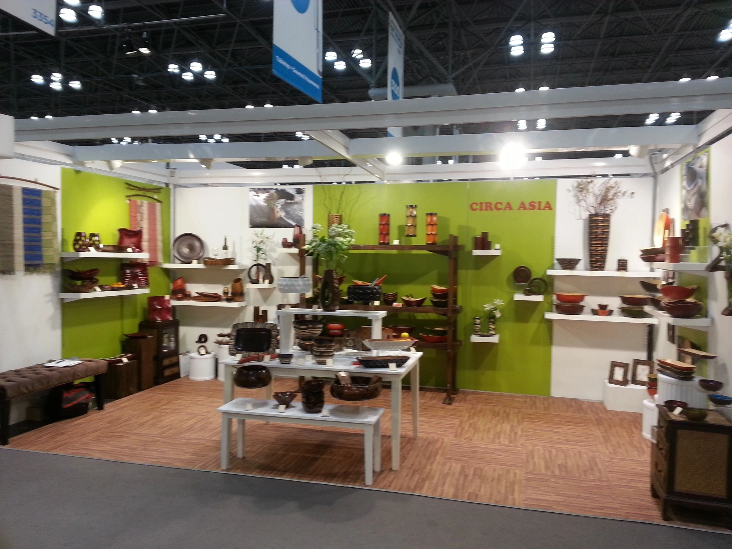 "{""blocks"":[{""key"":""a4694"",""text"":""A design/freshen up of an existing trade show booth done \""Telecommute\"" style."",""type"":""unstyled"",""depth"":0,""inlineStyleRanges"":[],""entityRanges"":[],""data"":{}}],""entityMap"":{}}"