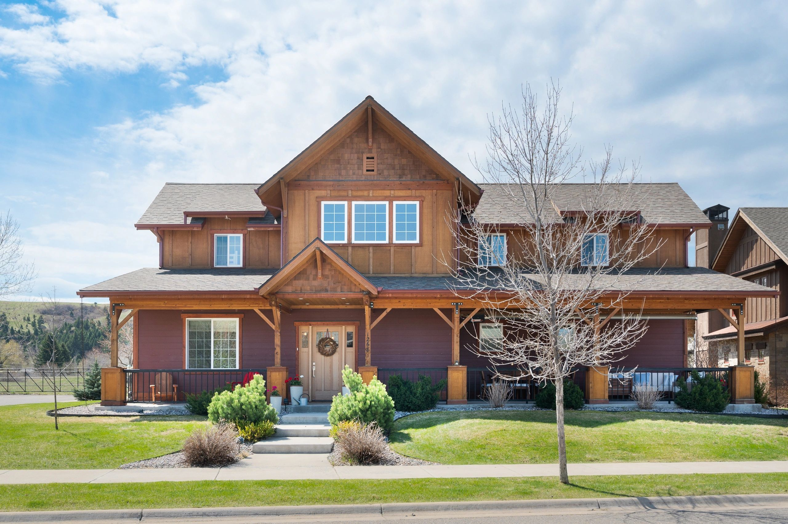 Located on the NE side of Bozeman in the highly sought after Legends sub this home sits on a corner