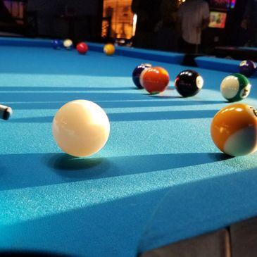 Lit'l Bit Bar & Grill - Bar and Grill, Pool Tournaments, 8