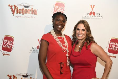 Victoria Fine Foods Read Your Label Event, Ingrid Lewis-Martin and Mitzi Dulan