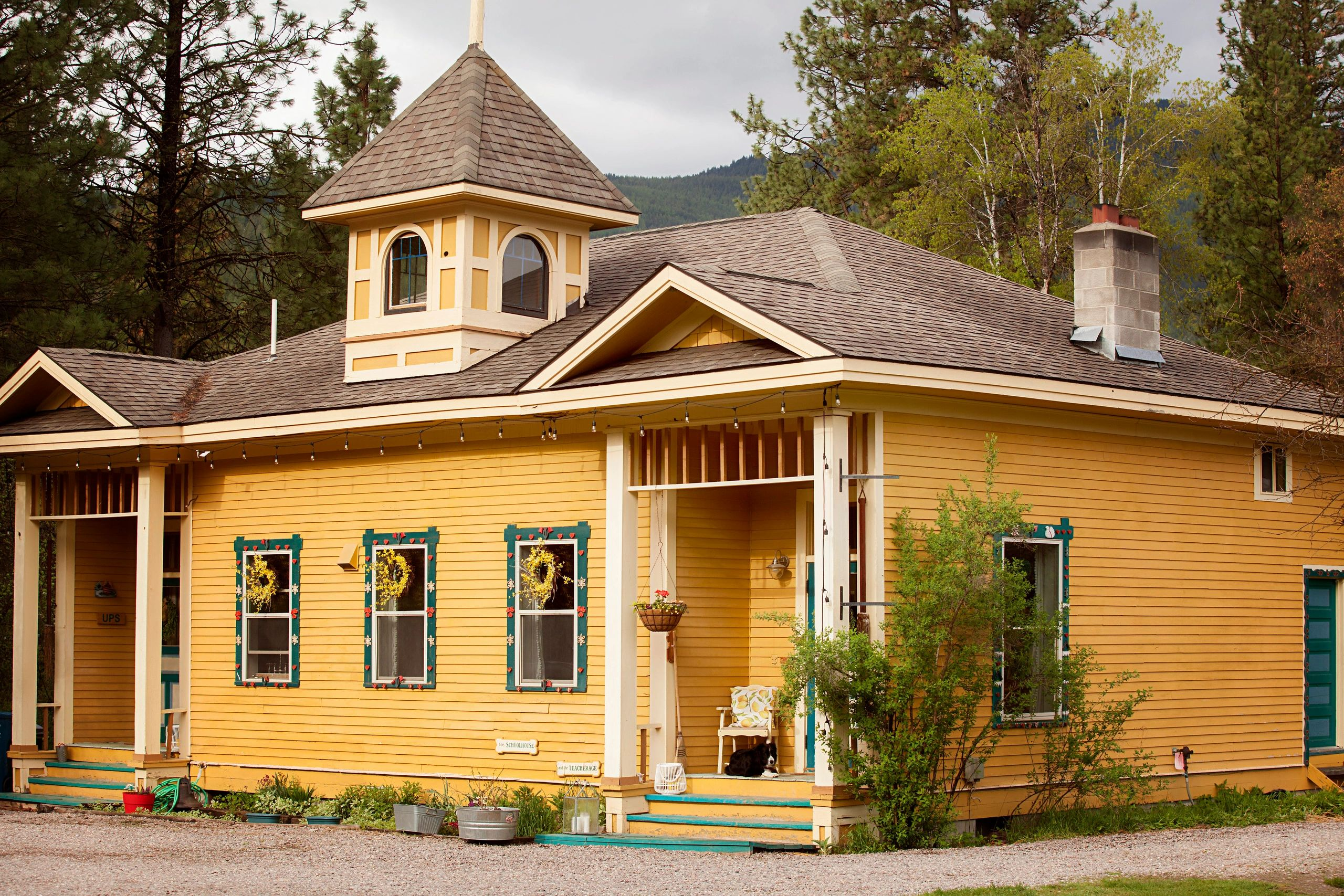 historic, schoolhouse, nine mile, rustic, montana, getaway, casual, missoula, frenchtown photography