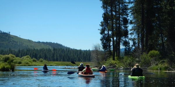 Guided kayaking trips down the Williamson River fronm Collier State Park to Chiloquin, Oregon