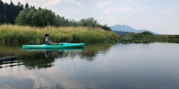 Kayak Rentals to enjoy The Wood River Wetlands in The Upper Klamath Basin near Crater Lake in Oregon