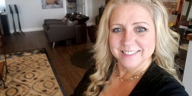 Kelli Clayton, Luna Hair Salon Owner