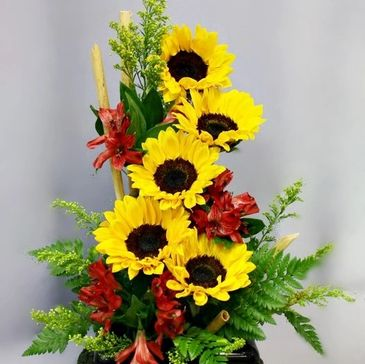 Flower arrangement with sunflowers and fillers