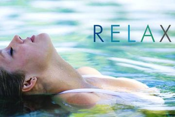 float therapy, floatation therapy, chronic pain, reduce stress, lower anxiety, migraines, arthritis