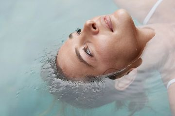 float therapy, floatation therapy, reduce stress, lower anxiety, PTSD, chronic pain