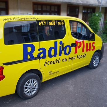 Vehicle wrapping for Radio Plus Mauritius